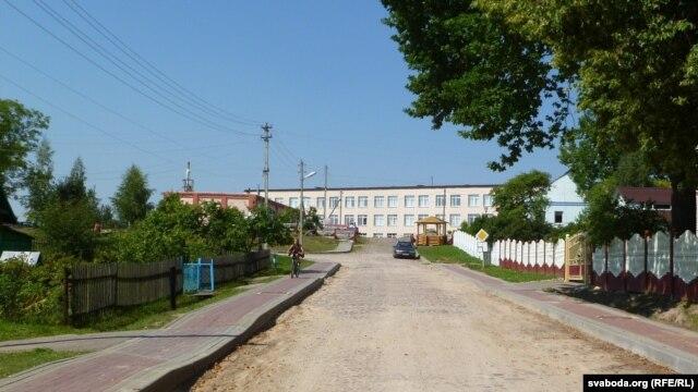 Вушачы Вуліца і школа, якім так і не надалі імя Барадуліна