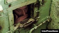 О том, что в тюрьмах нередко нарушаются права человека, омбудсмен регулярно напоминает общественности. Сегодняшний его отчет коснулся той категории заключенных, которым вдвойне тяжело отстаивать свои права, – это люди с ограниченными возможностями