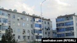 Abadan: partlamalardan 6 aý soň