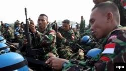 СБ ООН разрешил остаться на юге Ливана только миротворцам и частям ливанской армии