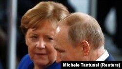 Ангела Меркель ва Владимир Путин - Берлин, 9 январь, 2020.