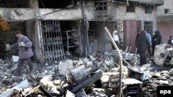 يکی از انفجارهای روز دوشنبه در يکی از محلات شيعه نشين بغداد روی داد.