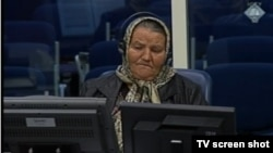 Saliha Osmanović tokom svjedočenja, 16. svibnja 2013.
