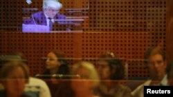 Predstavnici žrtava gledaju suđenje, Hag