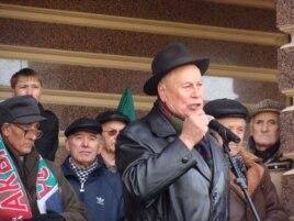 Әзһәр Шакиров Хәтер көнендә. 2010 ел