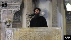 AbuOmar al Bagdadi na jednom od snimaka iz 2014.