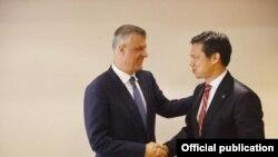 Pamje nga takimi i sotëm ndërmjet Hashim Thaçit dhe zyrtarit amerikan Hoyt Brian Yee