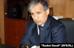 Шариф Раҳимзода.