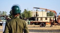 اعدام در استادیوم ورزشی نیریز همزمان با انتقادها از وضعیت حقوق بشر در ایران