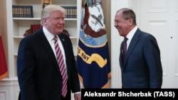 Лицом к событию. Путин подставил Трампа?