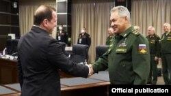 ՀՀ Պաշտպանության նախարար Դավիթ Տոնոյանը և իր ռուսաստանցի պաշտոնակից Սերգեյ Շոյգուն։ Մոսկվա, 23-ը օգոստոսի, 2020 թ․