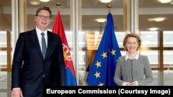 Președintele Serbiei s-a întâlnit cu președintele Comisiei Europene, Ursula von der Leyen, în iunie, la Bruxelles.