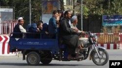 Civili napuštaju Kunduz zbog sukoba vladinih snaga i talibana
