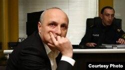 Грузияның бұрынғы премьер-министрі Вано Мерабишвили тергеуде отыр. Тбилиси, 7 желтоқсан 2012 жыл.