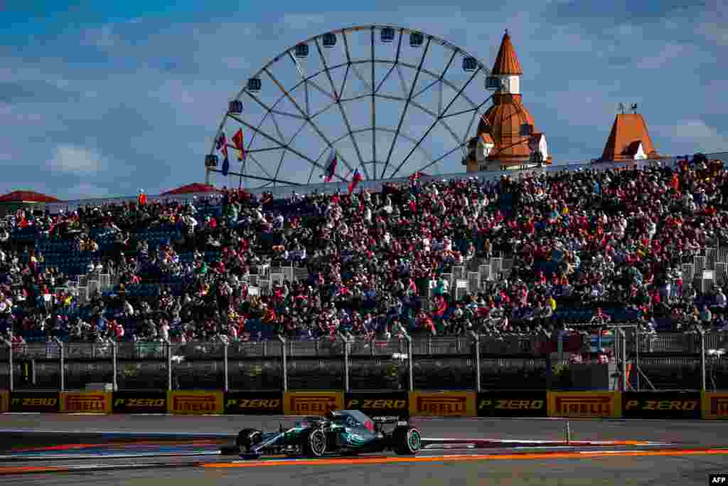 Britain's Lewis Hamilton, who drives for Mercedes, steers his car during a qualifying session for the Formula One Russian Grand Prix at the Sochi Autodrom circuit in Sochi on September 29. (AFP/Andrej Isakovic)