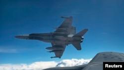 Эскадрилья канадских ВВС в воздухе над Ираком. 30 октября 2014 года.