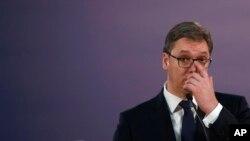 Politika Vučića (na fotografiji) je toplo-hladno: Žarko Korać