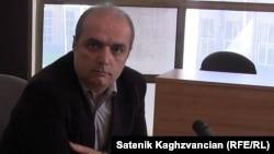 Գյումրիի «Ասպարեզ» ակումբի նախագահ Լևոն Բարսեղյանը, արխիվ: