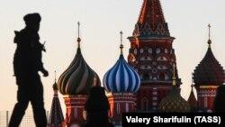 Слідчий комітет повідомив, що розслідує провадження за статтею 207.1 Кримінального кодексу Росії (публічне розповсюдження завідомо неправдивої інформації про обставини, які несуть загрозу життю та безпеки громадян)