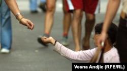 Nedopustivo je da djeca budu na ulici i prose, kaže Fana Delija