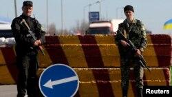 Украина -- Шайгара дIаяьккхинчу ГIирмин дозанца хадеш бу Украинан эскархой, 23Заз2014