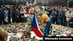 """Вацлав Гавел во время """"бархатной революции"""", 1989 год"""