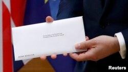 Donald Tusk sa zvaničnim pismom Velike Britanije o pokretanju procesa za Brexit