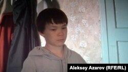Главный герой фильма «Звонок отцу» в 12-летнем возрасте. Снимок с экрана.