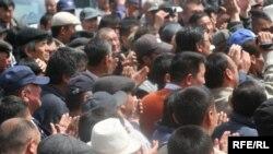 Петровкадагы тополоң. 30-апрель 2009