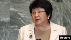 U.S. -- Kyrgyz President Roza Otunbaeva addresses the 66th United Nations General Assembly at the UN headquarters in New York, 22ASep2011