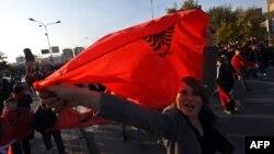 Albanci na ulicama Skoplja slavili su Dan zastave i 100. godina od albanske nezavisnosti, 25. novembar 2012.