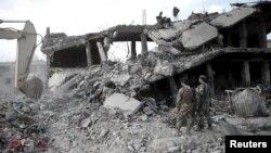 На місці ранкового вибуху в Кабулі, 7 серпня 2015 року