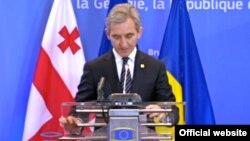 Прем'єр-міністр Молдови Юріє Лянке підписує угоду про асоціацію, Брюссель, 27 червня 2014 року