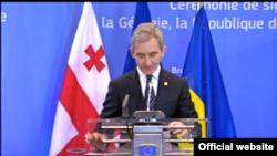 Premierul Iurie Leancă pronunțînd alocuțiunea ce a precedat semnarea Acordului de Asociere la UE, la Bruxelles