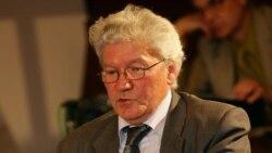 Барыс Пастарнак: Параўнаў бы Лукашэнку з Вальдэмортам, а не з героямі Дастаеўскага