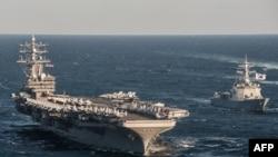 یک هوایپمای نیروی دریایی آمریکا به هنگام پرواز به طرف ناو هواپیمابر یواساس رونالد ریگان دچار حادثه شده است.