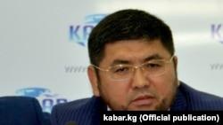 Улукбек Өмүрзаков.