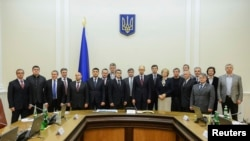 Жаңадан жасақталған Украина үкіметі. Киев, 27 ақпан 2014 жыл