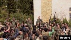 Сирия үкіметінің әскері ұрысқа дайындалып тұр. Алеппо, 11 сәуір 2013 жыл