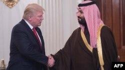 Donald Trump və Səudiyyə şahzadəsi və müdafiə naziri Mohammed bin Salman. 14 mart, 2017