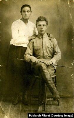 Батьки патріарха Філарета: Меланія і Антон. Світлина з 1920-х років