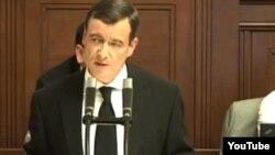 David Rath duke folur në Parlamentin e Çekisë