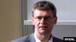 Алег Латышонак