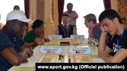 Тогуз коргоол боюнча III дүйнө чемпиондугуна 23 мамлекеттен 50дөн ашуун оюнчу катышууда. Алматы шаары