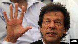 پاکستان تحريک انصاف مشر عمران خان