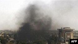 همزمان با انفجار بغداد، شهر سامره در شمال بغداد هم شاهد انفجارهای مشابهی بود.