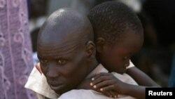 Тисячі людей втікають із Південного Судану у табори для біженців