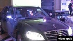 Корейский автомобиль казахстанской сборки SsangYong Chairman. Астана, 12 марта 2012 года.