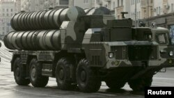Un sistem de rachete anti-rachetă S-300