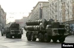 Российские зенитно-ракетные комплексы С-300